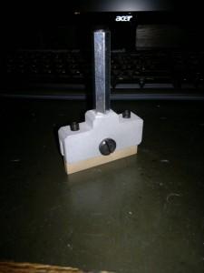 Einpresswerkzeug für Bundstäbchen