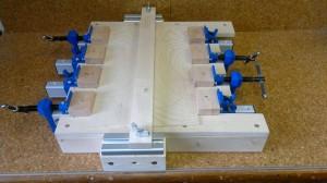 Leimvorrichtung für gespiegelte Decken und Böden-1